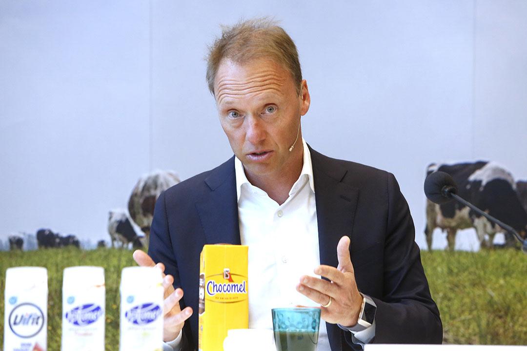 Schumacher tijdens een persconferentie in 2020 waarin hij een toelichting gaf op de jaarcijfers van FrieslandCampina. - Foto: Ton Kastermans